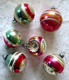 6-Vtg-Antique-Shiny-Brite-Striped-Indent-Mercury-Christmas-Ornaments-Pink-Gree