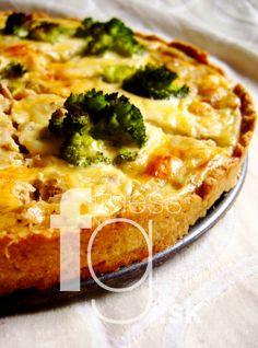 Quiche s tuniakom a brokolicou