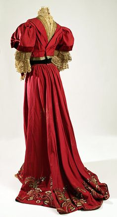 Dress  House of Paquin  (French, 1891–1956)  Designer: Mme. Jeanne Paquin (French, 1869–1936) Date: 1905–7 Culture: French Medium: wool.  Credit Line: Gift of The New York Historical Society, 1979!!!
