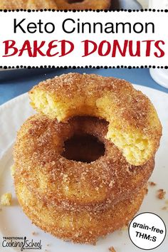"Keto Cinnamon Baked Donuts (Grain-Free, THM:S) stack of donuts on a plate with a crispy sugary topping and text overlay: ""Keto Baked Cinnamon Donuts"" Donut Recipes, Low Carb Recipes, Healthy Recipes, Healthy Baking, Keto Postres, Galletas Keto, Keto Donuts, Sugar Free Donuts, Low Carb"
