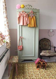 New bedroom wardrobe wall interior design ideas Wardrobe Wall, Bedroom Wardrobe, Trendy Bedroom, Modern Bedroom, Modern Wall, Baby Bedroom, Girls Bedroom, Flower Carpet, Gold Bedroom Decor