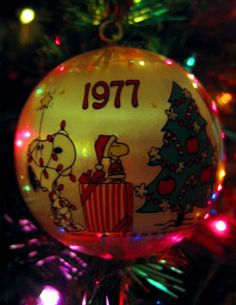 1977 Peanuts Christmas Ornament