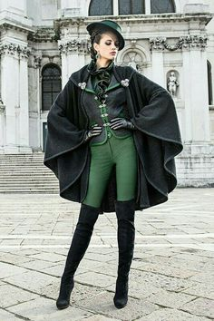 Actually the first time i saw this i thought it would be something a Slytherin would wear