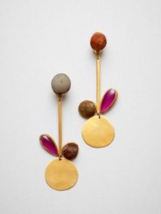 Universos Paralelos, Earrings, Gold 900, synthetic Ruby, agate