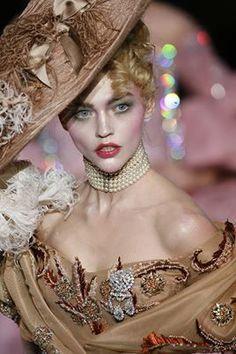 John Galliano for Christian Dior Fall 2007 Haute Couture