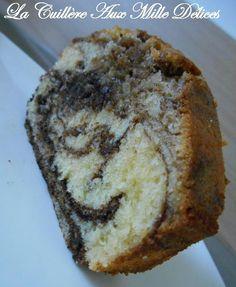Sucré - Marbré au chocolat (Paul Bocuse). Ingrédients : 4 oeufs * même poids de farine (ou maïzena), de sucre, de beurre * 1 pincée de sel * 50 gr de chocolat noir (3 barres). Recette (facile) sur le site.