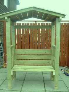 Garden benches gates gazebos planters hardwood for Garden decking gumtree