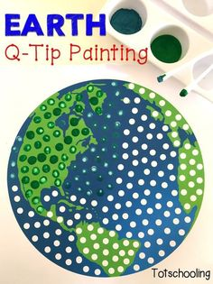 Earth Q-Tip Painting free printable. Great for fine motor skills and perfect to celebrate Earth Day!