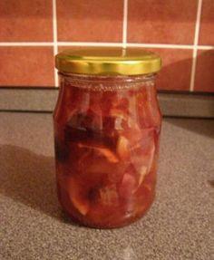 Na čaj potřebujeme: 1 kg ovoce (může být čerstvé i mražené) - jablka, hrušky, pomeranče,švestky,rybíz,jahody, ...