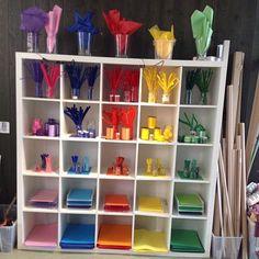 Rainbow Craft Shelves - A vibrant and flexible learning environment that allows children to engage with their imagination, spontaneity and creativity (DEERW, p. Forest Classroom, Reggio Classroom, Classroom Decor, Kids Play Spaces, Learning Spaces, Reggio Children, Reggio Inspired Classrooms, Creative Area, Art Area