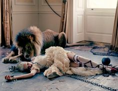 Chained ballerina with lion <3