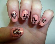 decoración para uñas muy interesante