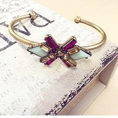 Lovely bracelet Lovely acrylic stones bracelet Anthropologie Jewelry Bracelets
