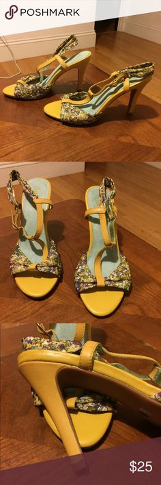 """NEW SEYCHELLES Floral Open Toe Sandals 8.5 Guaranteed Authentic. Org retail: $100. New, never worn. Floral design, with yellow patent leather. 4.5"""" heel, 10"""" insole. NO TRADES. Open to offers through the offer button ☺️ Seychelles Shoes Sandals"""