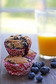 blueberries with some oatmeal muffin (aka oatmeal blueberry muffins)