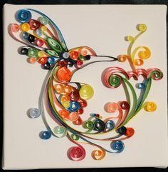 Colibri en papier roulé (paperolle) sur toile.  Hummingbird quilling on painting