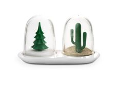 Decorative gadget with a Christmas tree