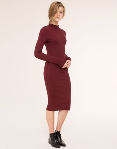 LONG-SLEEVE DRESS WITH A HIGH NECK - DRESSES - WOMAN - PULL&BEAR Russian Federation