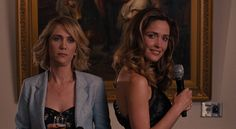 Dealing with the bridesmaid hierarchy. | 25 Problems Only Bridesmaids Will Understand Bridesmaids 2011, Bridesmaids Movie, Old Best Friends, Fake Friends, Rose Byrne, Types Of People, Lol, Toxic People, Jimmy Fallon