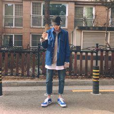 Denim menswear look Korean Outfits, Boy Outfits, Denim Fashion, Boy Fashion, Men Street, Street Wear, Men Looks, Asian Men, Asian Fashion