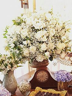 Wedding, relógio retrô em mesa do bolo by Jonatas Meirelles Decor