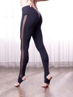 Elsie Tight, in Black/Black