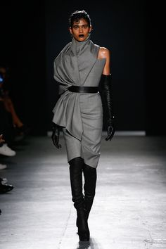 The complete Gareth Pugh Fall 2018 Ready-to-Wear fashion show now on Vogue Runway.