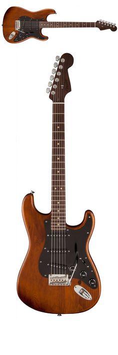 Fender Reclaimed Eastern Pine Stratocaster Dark Stain Rosewood