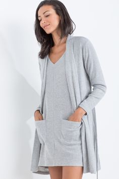 Homewear Dresses To Look Feminine And Feel Comfortable At Home Lingerie Sleepwear, Nightwear, Comfy Dresses, Comfortable Outfits, Pyjamas, Loungewear, Casual Wear, Dresses With Sleeves, How To Wear