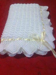 Com - Diy Crafts - mokokos Crochet Baby Shawl, Crochet Blanket Edging, Crochet Stitches For Blankets, Crochet Baby Blanket Free Pattern, Crochet Square Patterns, Baby Girl Crochet, Crochet Baby Booties, Baby Patterns, Baby Knitting Patterns