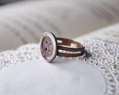 supercute button ring...