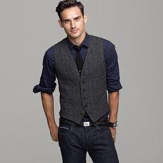 crew Buckley Herringbone Vest in Gray for Men (charcoal) - Lyst Vest And Tie, Suit Vest, Vest Men, Waistcoat Men Casual, Korean Fashion Men, Mens Fashion, Fashion Outfits, Fashion 2016, Steampunk Fashion