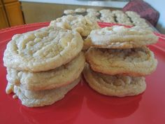 White Chocolate Cookies  www.confessionsofabakingqueen.com