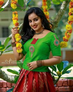 Girl Photo Poses, Girl Photos, Traditional Dresses, Indian Beauty, Kerala, Sari, Actresses, Photo And Video, Snow White