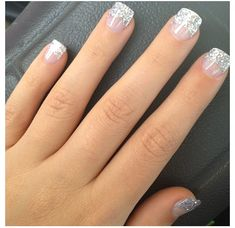 43 Trendy Nails Winter Glitter French Tips French Nails, Glitter French Tips, Short French Tip Nails, Short Fake Nails, Glitter French Manicure, French Manicures, Glitter Nail Polish, Nail Manicure, Winter Wedding Nails