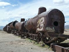 Barfuss Bolivia, Military Vehicles, Scrap, Yard, Trains, Pictures, Photos, Army Vehicles, Tat