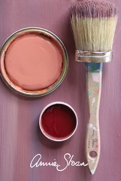 Making interesting background texture using Aubusson Blue, Emile, Scandinavian Pink, Primer Red and White paint colours from Annie Sloan