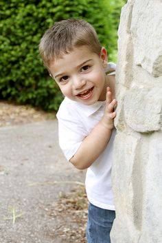 Toddler photo shoot, getting kids to smile,  (Get natural smiles) Ask 1 to 2 year olds to play peek-a-boo on a photo shoot