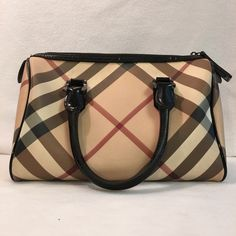 Burberry ***Price Drop!*** Gorgeous Burberry Tote! Lightly used. Bundle & save with my discount! Burberry Bags Totes