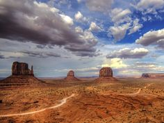 Monument Valley, Navajo Nation (Wolfgang Staudt)  Going here in a couple of months!