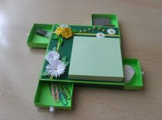 Post-it note holder with drawers