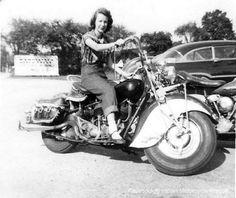 Indian #motorcycle #vintage #retro
