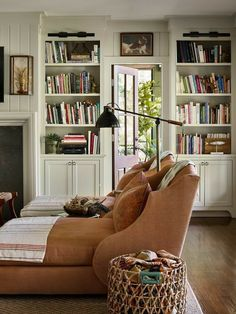 Home And Living, Decor, Interior Design, House Interior, Cheap Decor, Home, Interior, Home Decor, Built In Bookcase