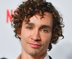are these not the most beautiful eyes you've ever seen klaushargreeves robertsheehan numberfour beautiful theroadwithin numberfive misfits nathanyoung actor irish irishactor greeneyes tua theumbrellaacademy umbrellaacademy daveandklaus klausanddave Robert Sheehan, Most Beautiful Eyes, Beautiful Boys, Kevin Zegers, Jamie Campbell Bower, Irish Boys, Face Photo, Most Popular Memes, Eye Color