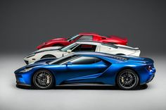 Beautiful 2017 #Ford GTs and in the #Patriots colors too! Now, if I only had…