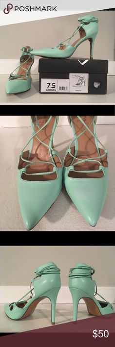 """Banana Republic 'Dakota' lace up pump Excellent condition! Pretty and comfortable! Gorgeous shade of mint green in a soft, supple leather with laces. 3 3/4"""" heel is pitched perfectly which makes them comfy for standing, dancing or walking in them for long periods of time. Banana Republic Shoes Heels"""