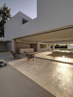 Los Limoneros House / Gus Wüstemann Architects