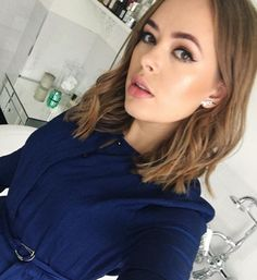 Tanya Burr Short Hair