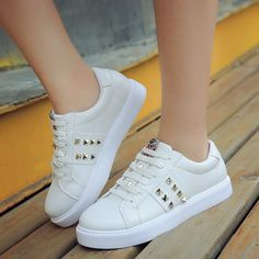 Apr 2020 - Source by sandovaldemojica de mujer deportivos Source by rosalyncrosarioRosalyn tenis Trendy Shoes, Casual Shoes, Sneakers Fashion, Fashion Shoes, Flat Lace Up Shoes, Kawaii Shoes, Shoes Sandals, Shoes Sneakers, White Nike Shoes