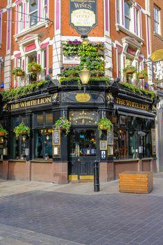 Café Exterior, Exterior Design, Dubai Miracle Garden, British Pub, Garden Route, London Pubs, Building Front, Shop Fronts, City Aesthetic
